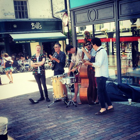 Buskers in Lewes